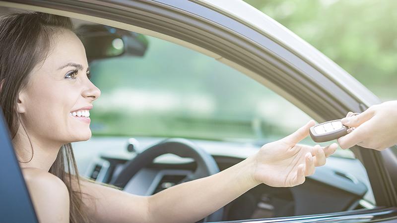 Comment acheter votre véhicule dans la province de Québec et de conclure la transaction avec un crédit très faible.